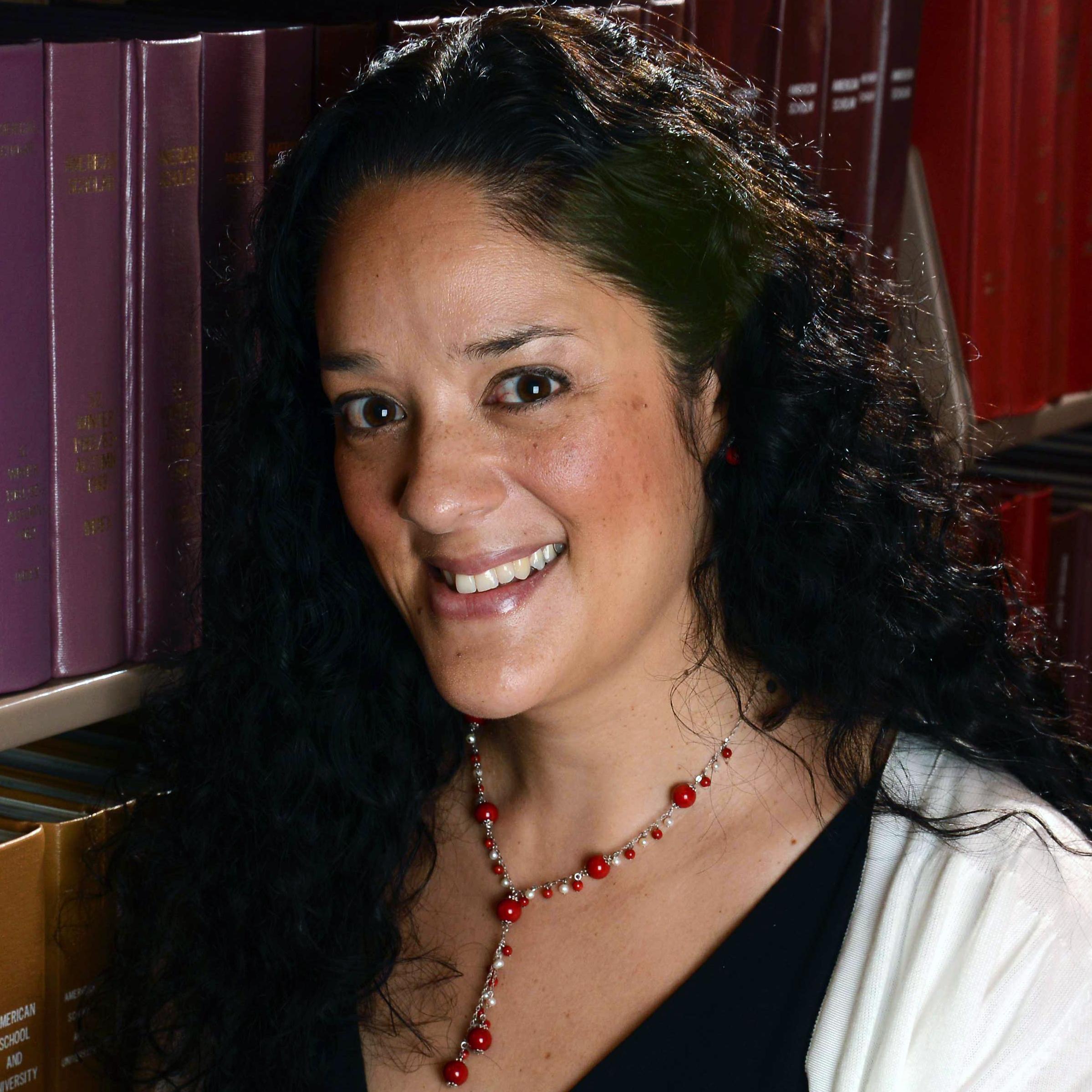 Mia Zamora headshot
